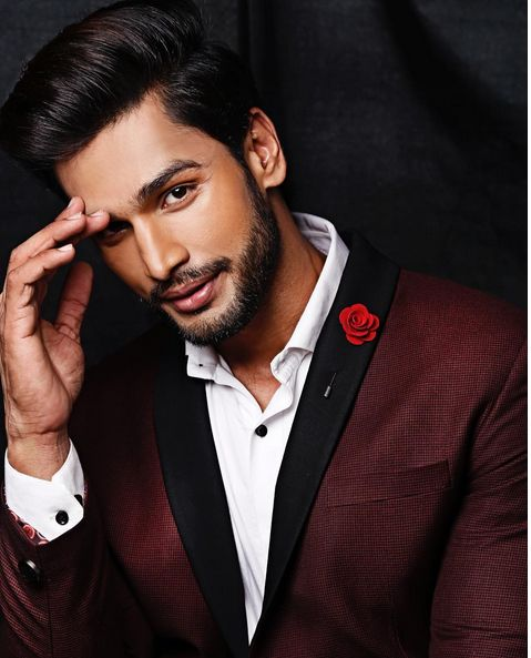 Here is the world's most desirable man from India