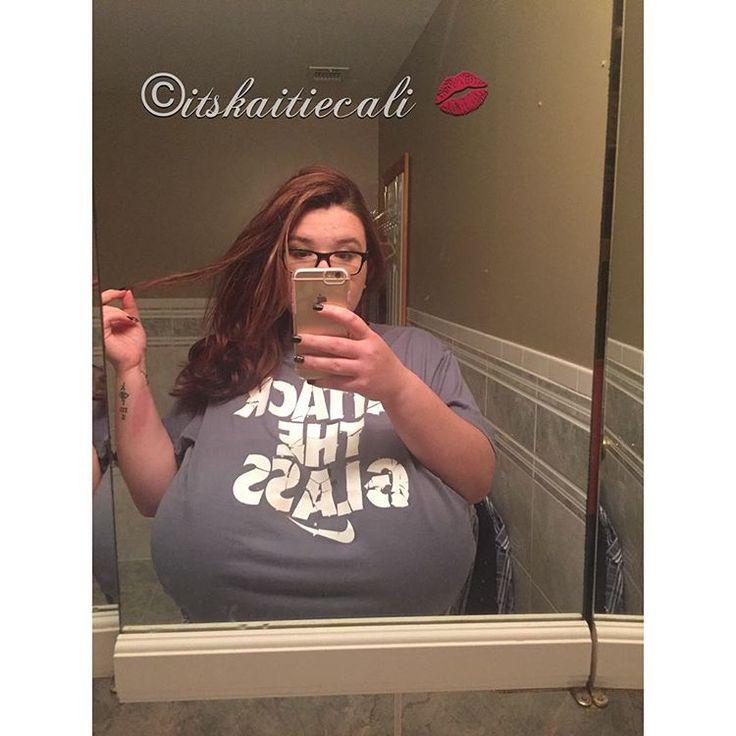 Huge tits alice in wonderland webcam babe - 2 5