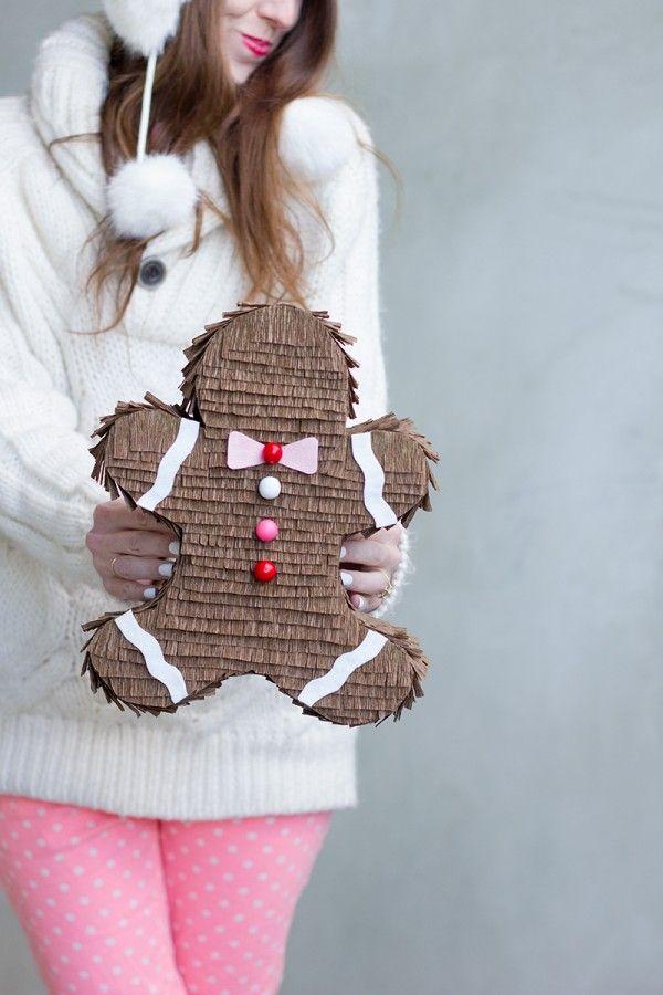 diy piñata navideña con forma de galleta