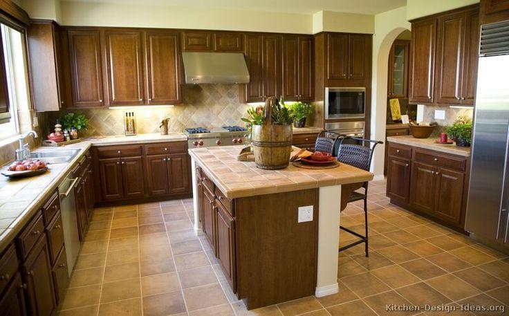 Best 47 Best Golden Brown Kitchens Images On Pinterest Brown 400 x 300