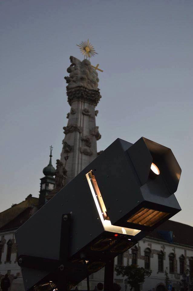 Munkában - Night Projection fényfestés  1 éves a Mi, magyarok kiállítás - Night Projection fényfestés  #magyarok #kiállítás #NightProjection #fényfestés #raypainting #visuals