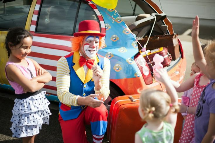Cornflake the Clown, from Cornflakes Magic World in Auckland New Zealand. Perfect for kids of all ages, including the adults!