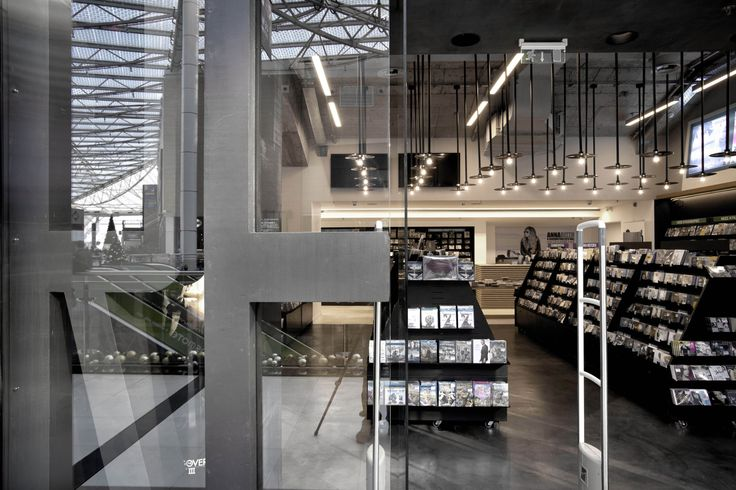 Reload music store @ the mall | eDje architects | athens, Greece | entrance