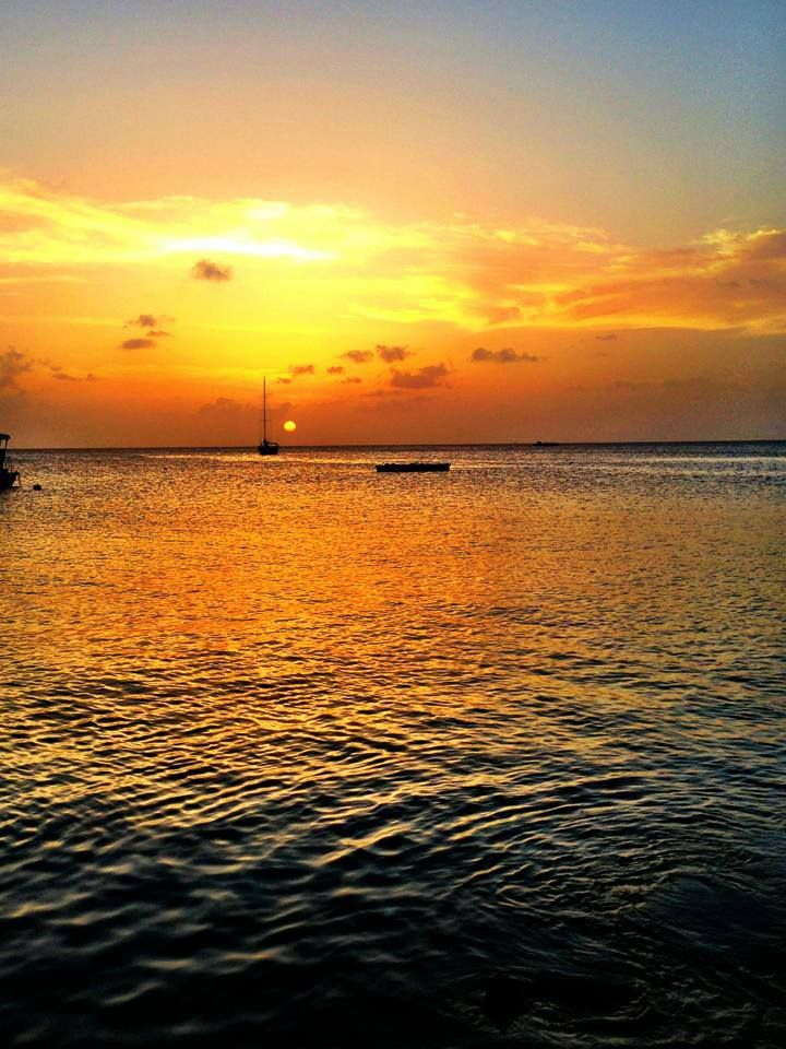 Another gorgeous sunset at the Grand Cayman Marriott Beach Resort!