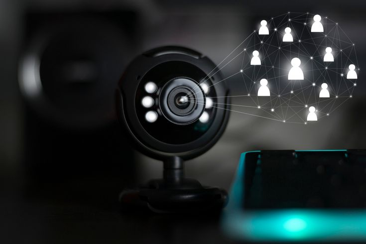 The Razer Kiyo Ring Light Design Isn T Just There To Impress You It S A Form That Follows Function The Kiyo Was Clea In 2020 Dressing Room Mirror Soft Lighting Light