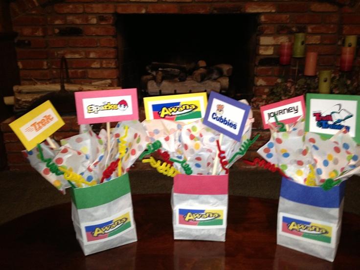 Volunteer appreciation dinner centerpieces