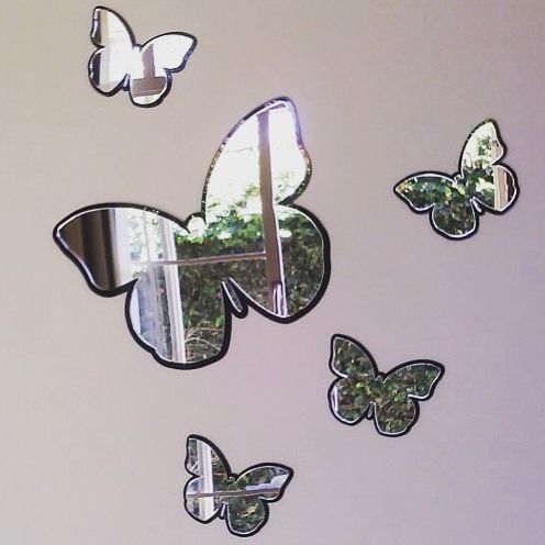 Borboletas de acrílico espelhado com borda em fumê! Também na versão apenas espelhada! ✨ Linda para quarto de mulher! Enviamos para todo o Brasil   WhatsApp: (11)950891861 Skype: instavendasefs #enfeite #acrílico #decoração #parede #borboleta #espelhado #espelho #decorativo #casa #top #quarto