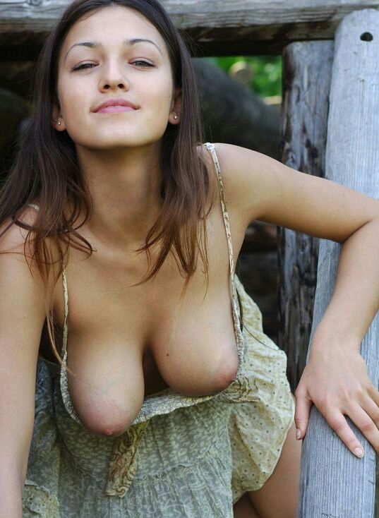 tasteful nude women big bobs