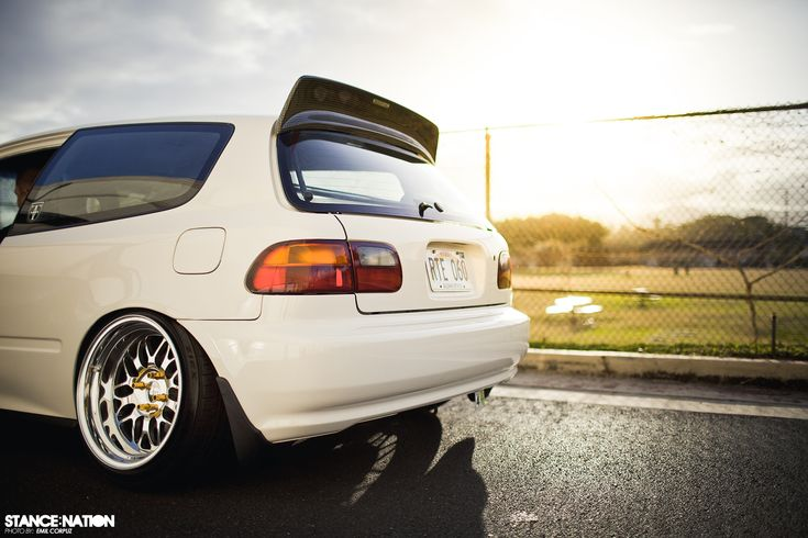 Slammed & Fitted Stanced Honda Civic EG Hatchback (7)
