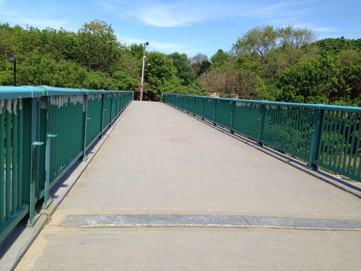 DVP footbridge