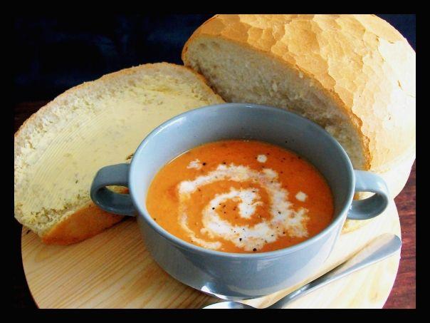 Homemade Chunky Tomato & Bacon Soup