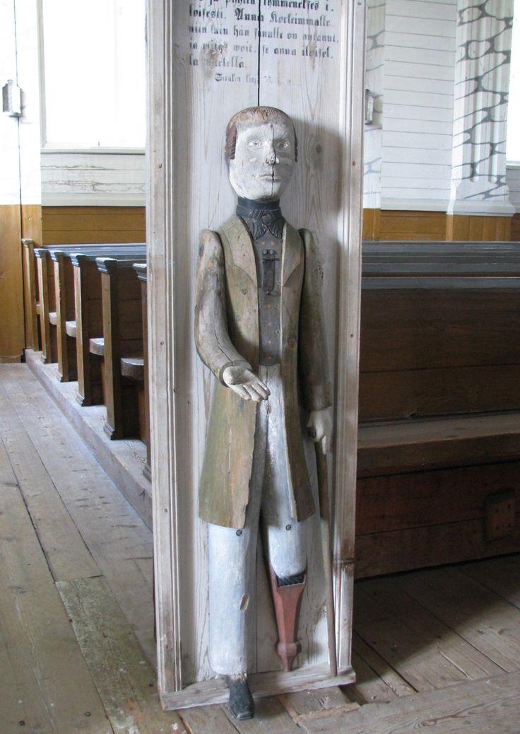 Kurikan kirkon vanha, ilmeisesti museossa säilytettävä vaivaisukko.