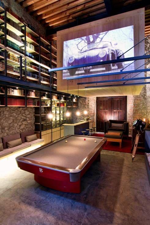 Sala de juegos - Vista general: Cavas de estilo Ecléctico por Weber Arquitectos
