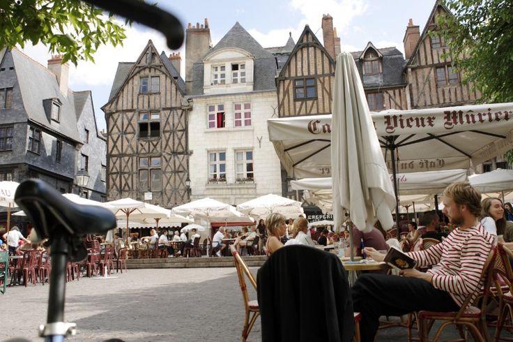 La place Plumereau   Tours