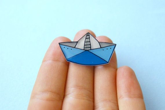 Paper Boat Brooch by lacravatteduchien on Etsy, €9.00