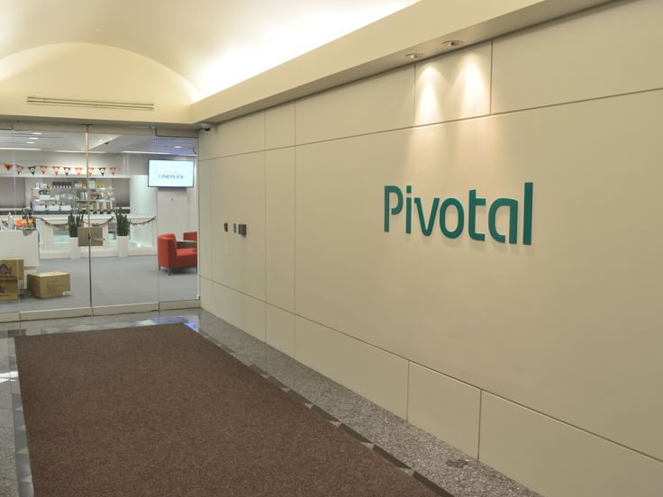 Pivotal wants to be the development platform that serves everyone, and today at their SpringOne Platform (S1P) developer conference in San Francisco, they announced a huge upgrade to their Pivotal Cloud Foundry platform (PCF) that includes support for serverless computing, containers and a...