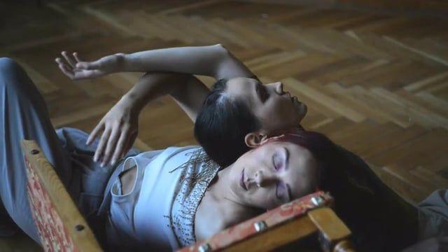 Mynah - the dance project - Episode 15  Dancers: Cristina Dumitru, Cristina Siminiceanu Choreography: Cristina Siminiceanu Video/Edit: Andreea-Doria Costin  MUA: Adina Trohin  Designer: Oana Madalina Raiceanu  --------------- Mynah is full freedom, unique stories, emotions through movement.  Mynah is a video-graphic dance project of Cristina Siminiceanu, a dancer based in Timisoara. It all began in December of 2013 from the desire to dance and create unique stories that I can shar...