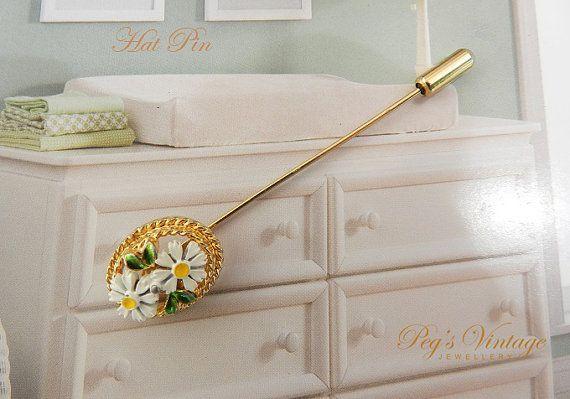 Unique Vintage Stick Pin Enamel Daisy Flower Hat Pin Pretty