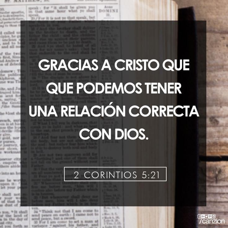 «Pues Dios hizo que Cristo, quien nunca pecó, fuera la ofrenda por nuestro pecado, para que nosotros pudiéramos estar en una relación correcta con Dios por medio de Cristo». — 2 Corintios 5:21