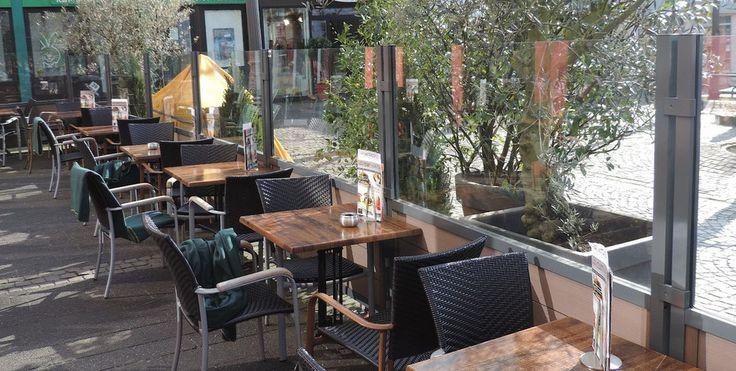 die besten 17 ideen zu windschutz f r terrasse auf. Black Bedroom Furniture Sets. Home Design Ideas