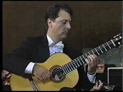 ANGEL ROMERO - CONCIERTO DE ARANJUEZ - ADAGIO (COMPLETE) - PART 2/3 -  My favorite interpretation of this piece by my favorite classical guitarist.