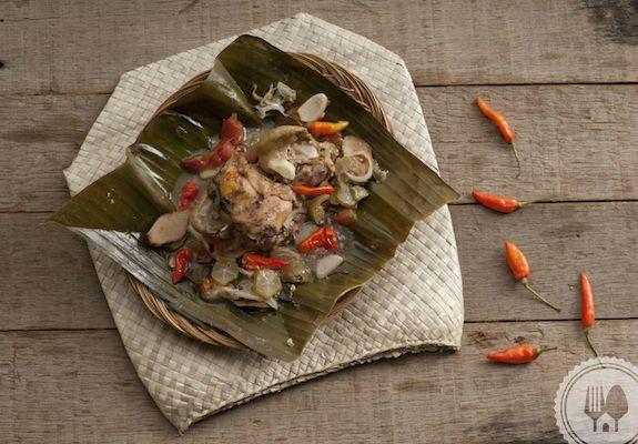 GARANG ASEM. Steamed chicken with sour fresh taste of bilimbi.