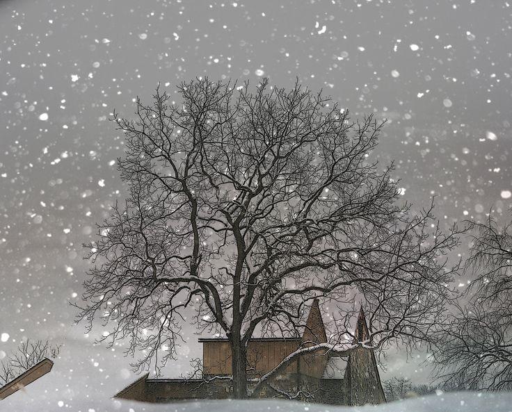 Snow Barn fine art photography print 8x10. $26.00 USD, via Etsy.  moonlightphotography