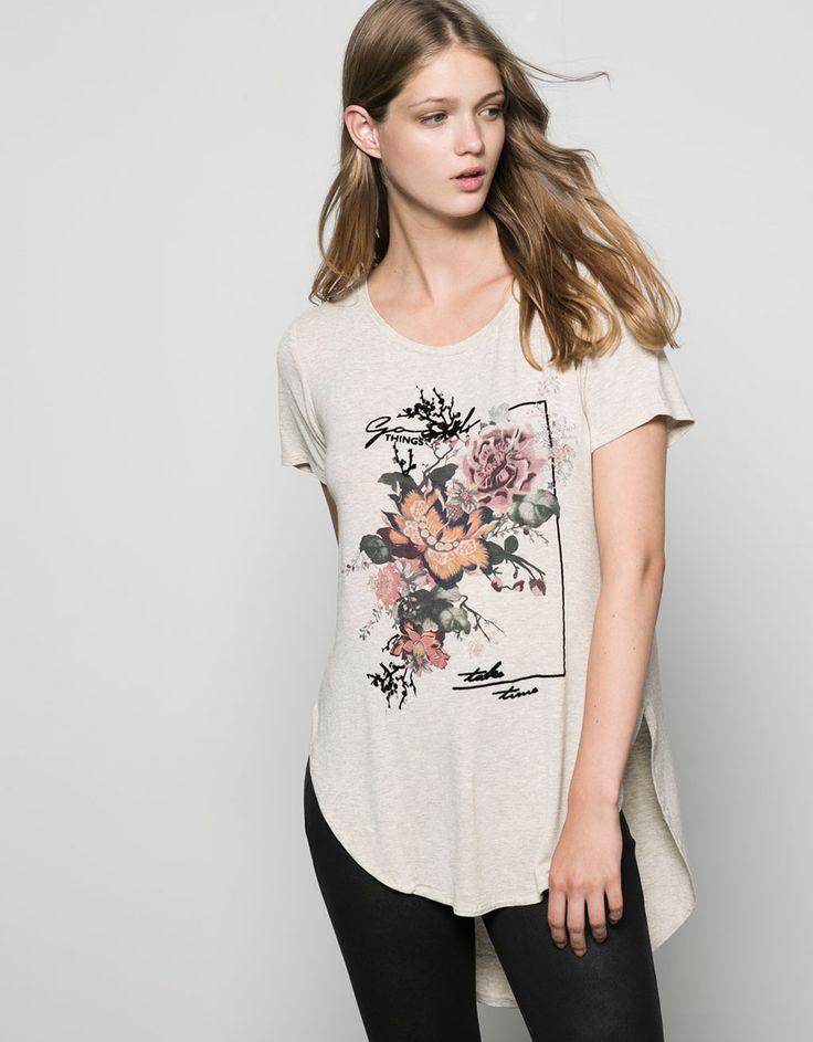 Camiseta Bershka estampada con flores - Camisetas - Bershka Colombia