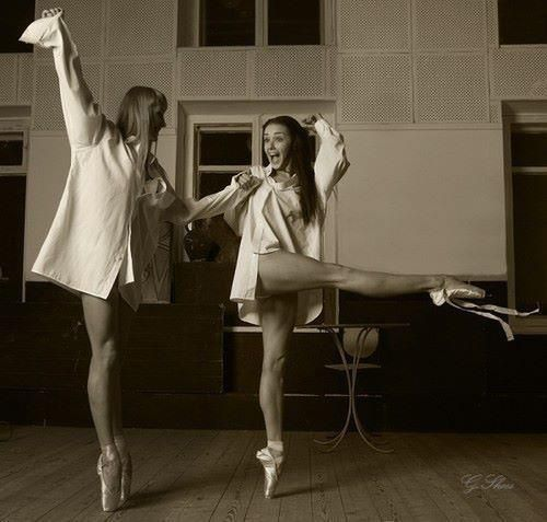 love.Audrey En, Best Friends, En Pointe, Hepburn En, Audrey Hepburn, Audreyhepburn, Beautiful People, Ballet, Dance