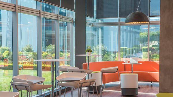 Renovar El Diseño De Las Oficinas Del Banco Western Union En San José Costa Rica Colgante Interiorismo Oficinas Renovations Faro Barcelona Lamp