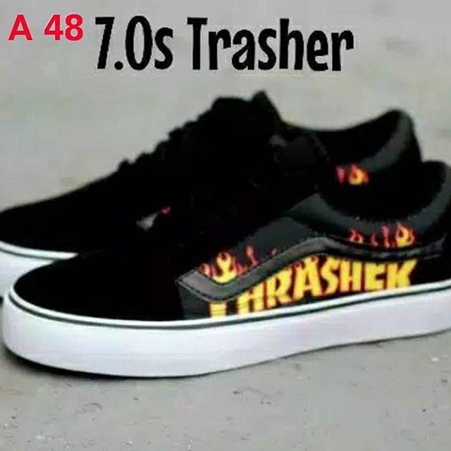 Sepatu Vans Sneakers Casual Pria Oldscull Authentich Full Print