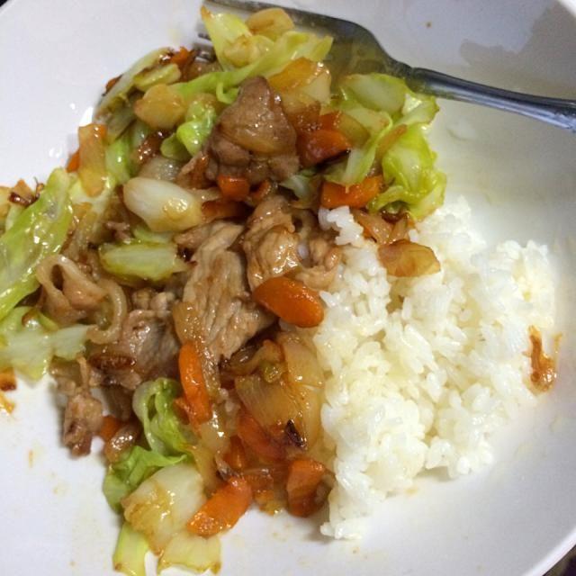 お気に入りの調味料、味の素 中華あじで味付けした野菜炒めです。 味の素は手軽に旨味が足せるので重宝しますよね。 - 17件のもぐもぐ - 中華風肉野菜炒め by 国広颯仁