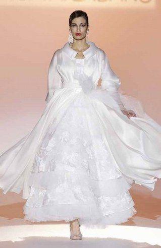 4ad0f137459d Abiti da sposa per l inverno - ecco i più belli   Album di foto