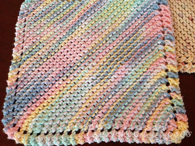 Basic Knitted Dishcloth Pattern Hartwood Roses: Feeling Crafty: Knitting Di...