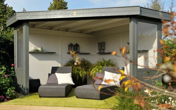 `Het Hoekmodel Outdoor Cabin Excellent is een overkapping speciaal voor de hoek van uw tuin. / Corner Outdoor Cabin Excellent. Ideal, because it fits neatly into the corner of the garden