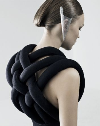 Textiles Weave, sculptural fashion