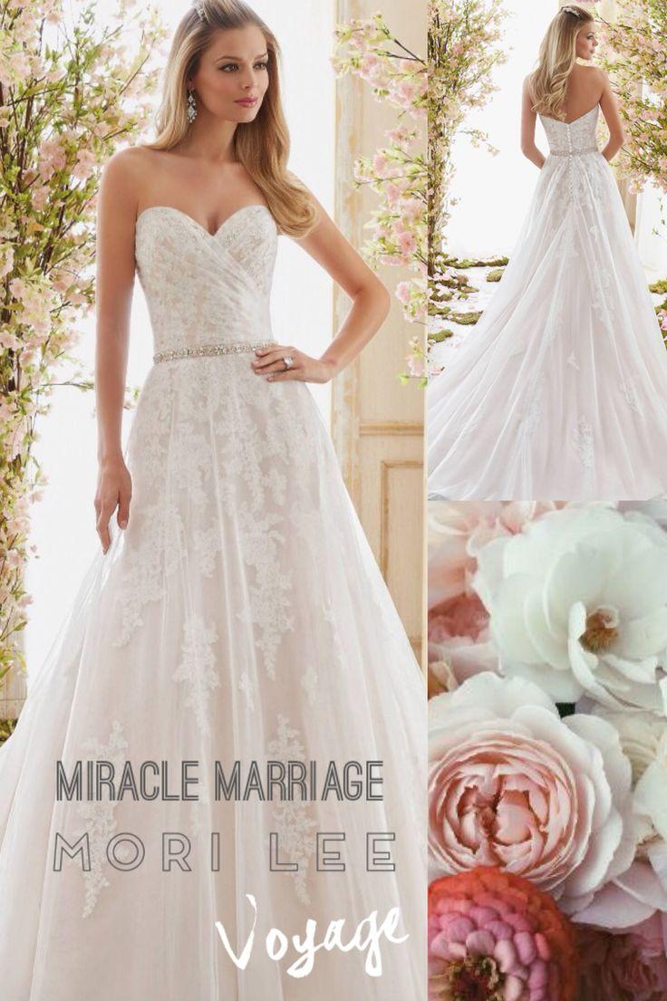 Mooie creatie van Mori Lee uit de Voyage collectie #trouwen #bruidsjurk #miraclemarriage