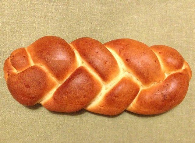 Treccia di pane al salmone con farina manitoba