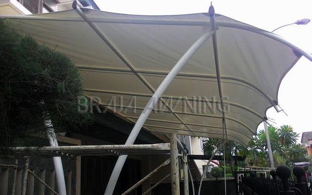 Tenda membrane untuk teras depan rumah minimalis
