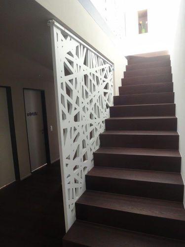 Garde corps d 39 int rieur en bois panneaux pour for Escalier d interieur