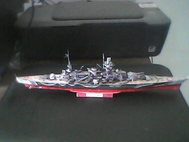 Maqueta en papel del DKM Scharnhorst,