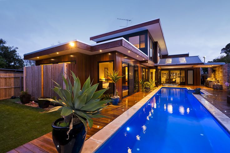 4 Thorn Street, Barwon Heads -  built by a renowned local builder Homes by Chapman, 2012 HIA Award Winner