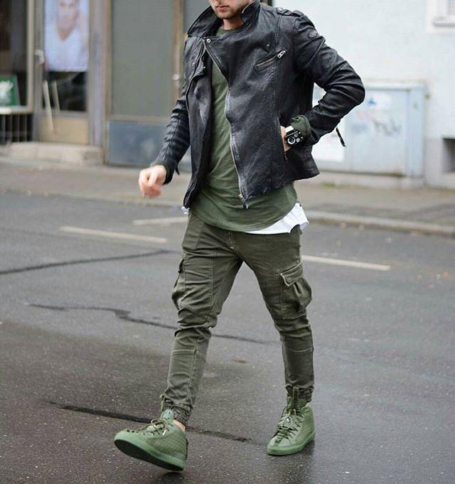 "eezyhq: ""Follow Eezy HQ for trill fashion | IG: EezySA """