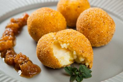 Food and Wine Matching - Telefono Arancini
