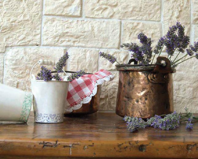 Vylaďte koupelnu i kuchyni do venkovském stylu. Poradíme vám pár tipů, jak na to.