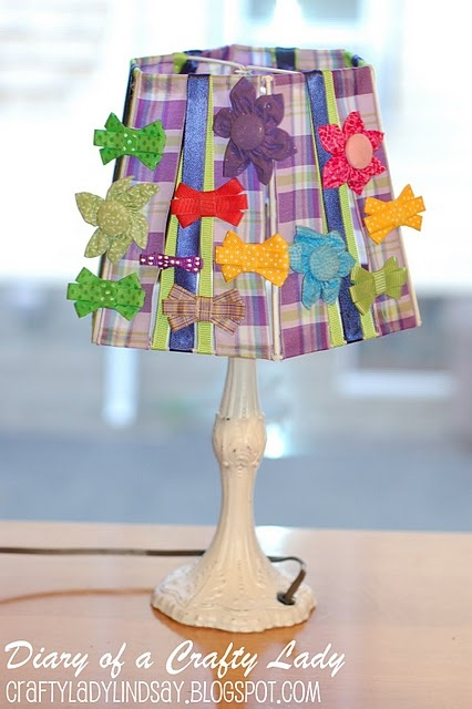 Bow holder lamp shade- perfect for little girl's room!: Hair Stuff Crafts Bows, Cute Ideas, Girls Room, Kid Things, Bow Holders, Diy Cool Ideas, Lamp Shades, Lampshade Bow