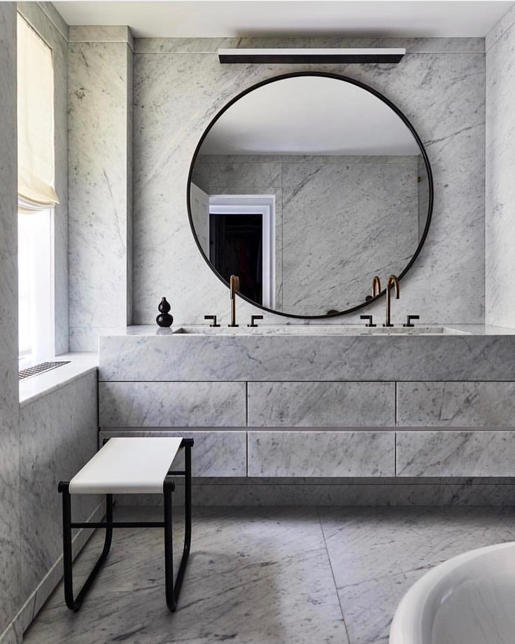 """428 Likes, 8 Comments - Melanie Morris Interiors (@melaniemorrisinteriors) on Instagram: """"MMI INSPIRATION • Marble madness in this insanely luxe bathroom by @wtcooper ••• . . . .…"""""""