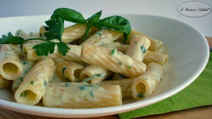 #Pasta con #crema alle #erbe #basilico #prezzemolo #pecorino #philadelphia #ricetta #GialloZafferano #BlogGZ