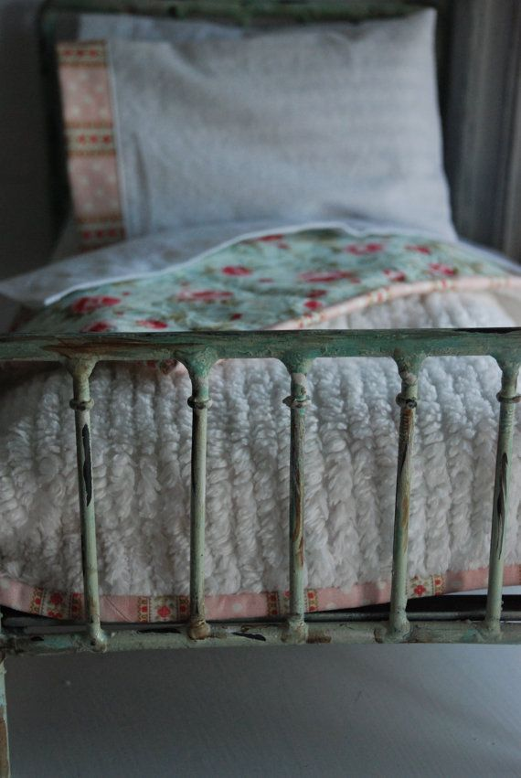 1000 id es sur le th me couvre lit de chenille sur pinterest couvre lits couvre lit r tro et. Black Bedroom Furniture Sets. Home Design Ideas