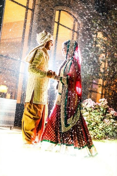 OBSESSED with this wedding pic in the snow! #Indian Wedding